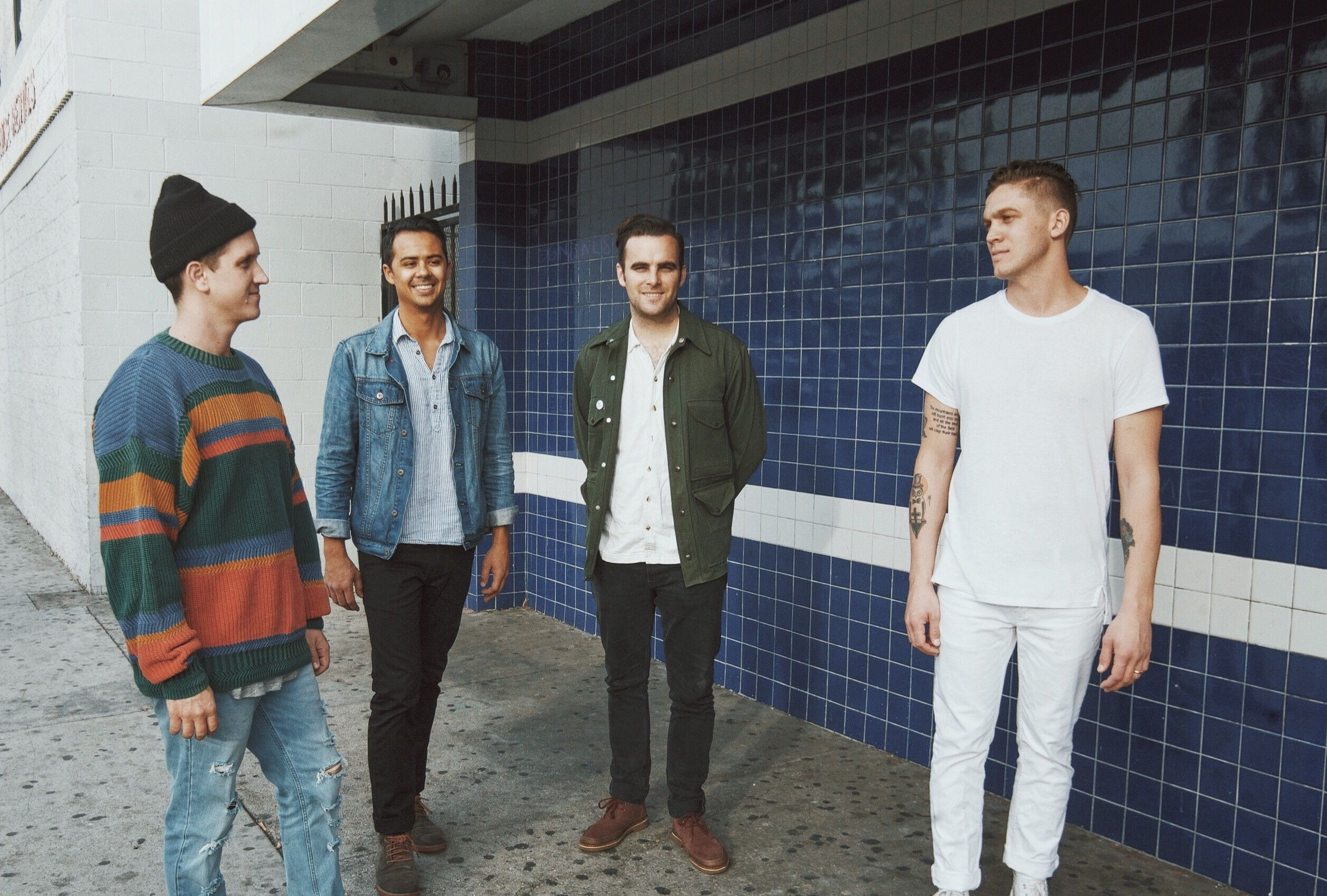 """PREMIERE: Watch Hawai give stunning live performance of """"All Night"""""""