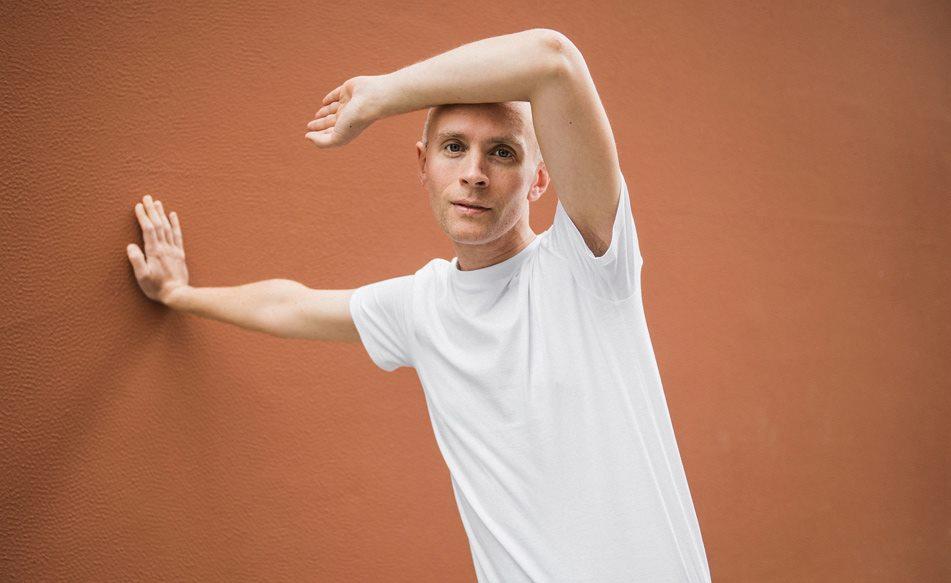 "Jens Lekman releases emotional new track, ""Evening Prayer"""