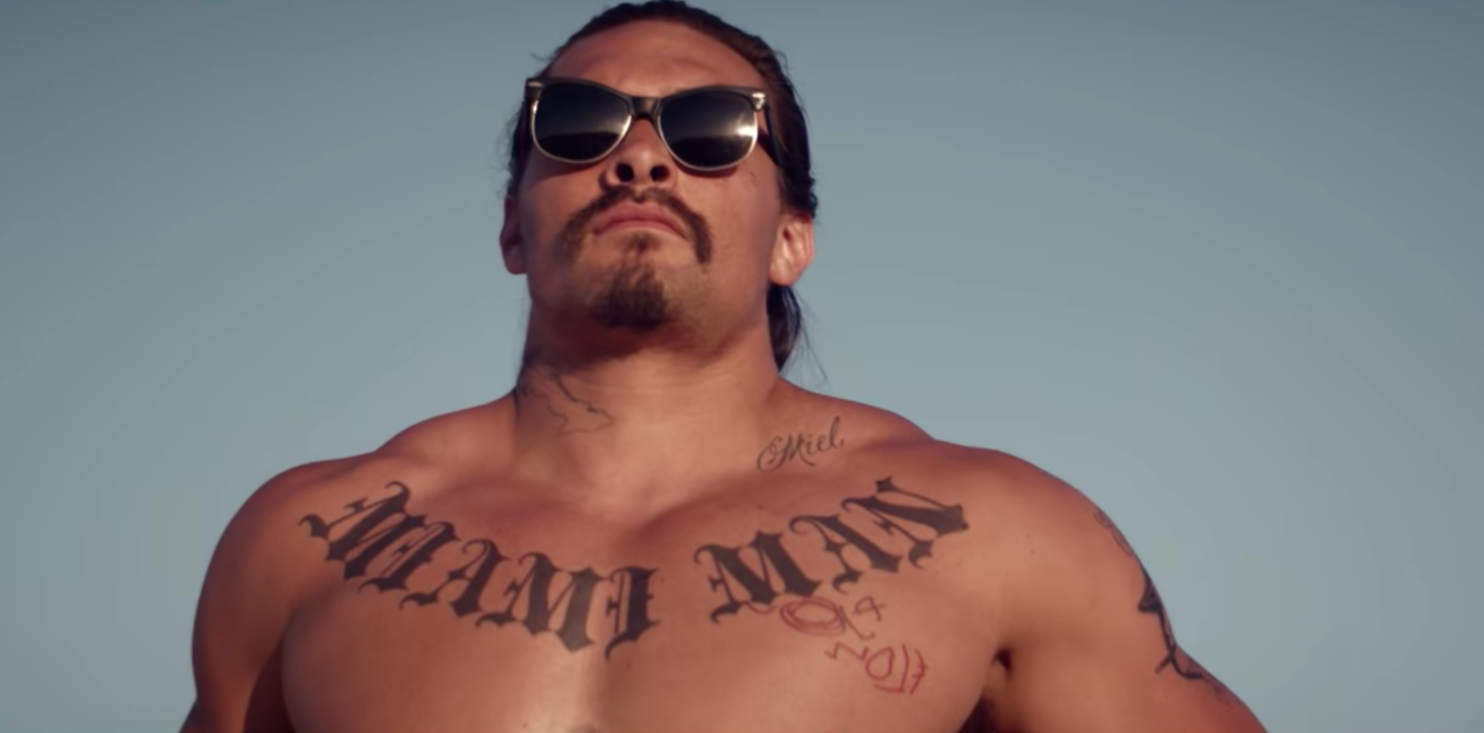 There's an eclectic desert cult out there in 'The Bad Batch' trailer