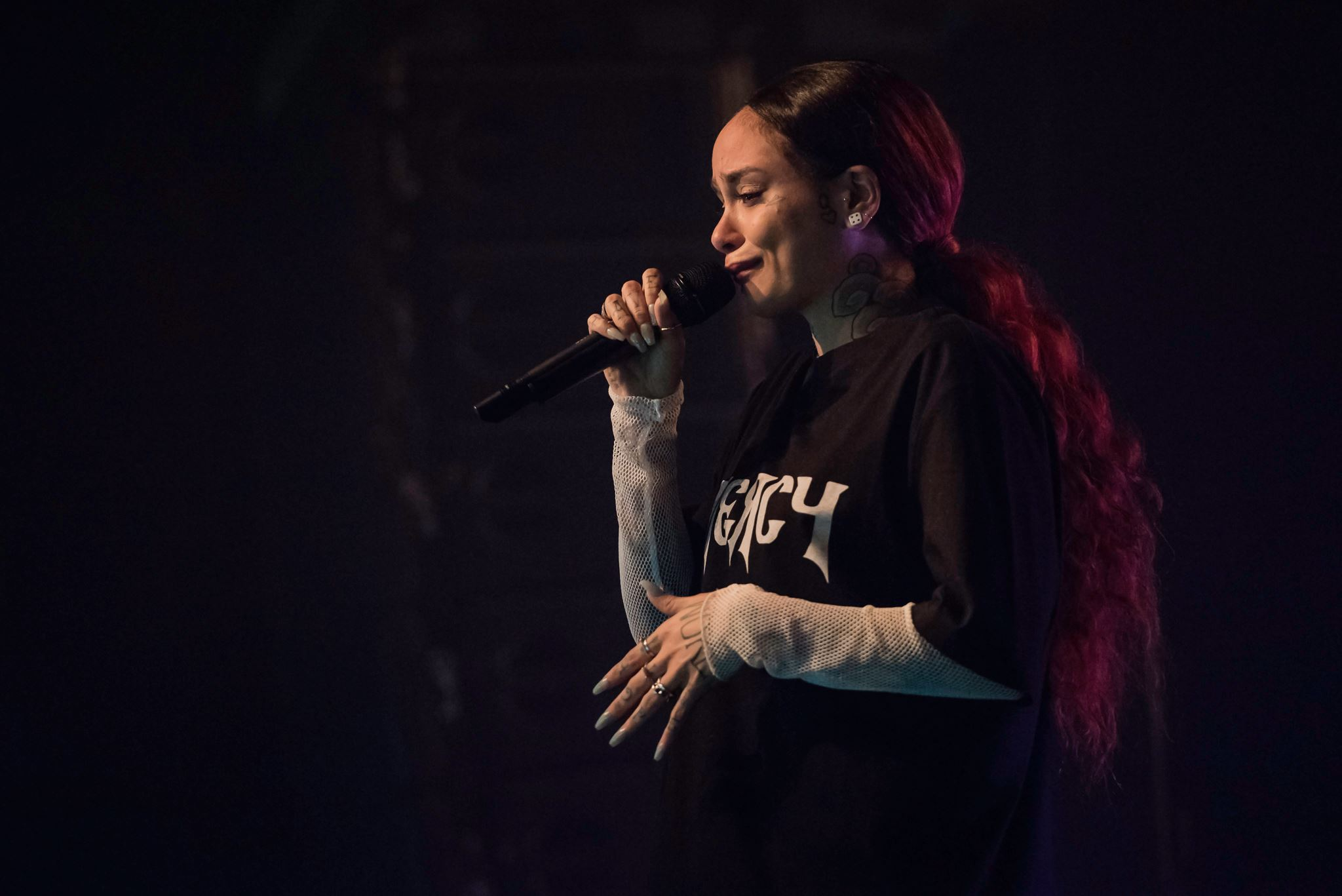 Kehlani cancels Grand Rapids performance after one song, apologizes in tears