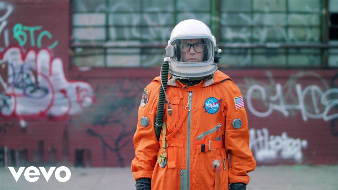 """Head to space in Andrew McMahon's video for """"So Close"""""""
