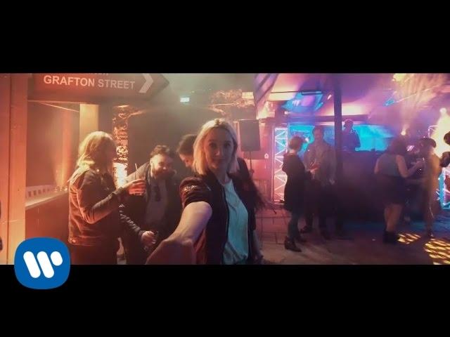 "Ed Sheeran and Saoirse Ronan run wild in Ireland for ""Galway Girl"" video"