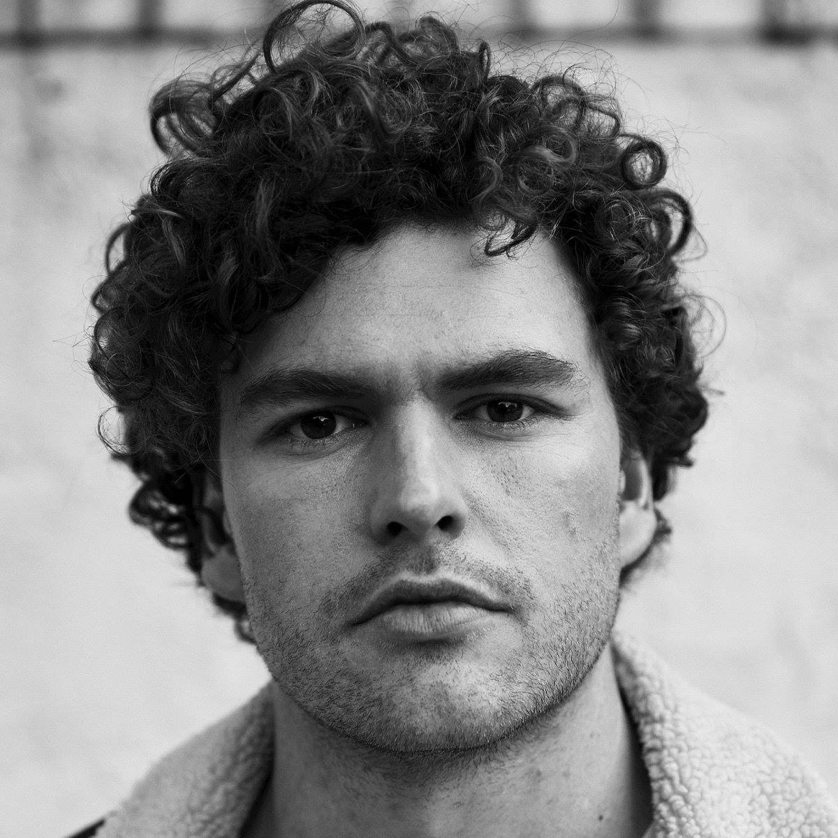 "Vance Joy returns with new single and music video for ""Lay It On Me"""
