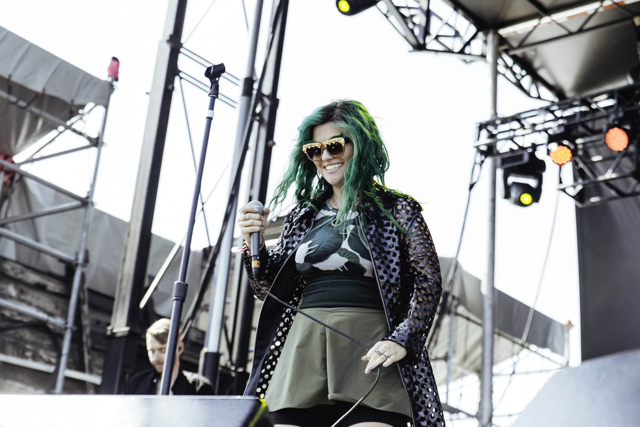 PHOTOS: Phoebe Ryan gets things started at Billboard Hot 100 Festival