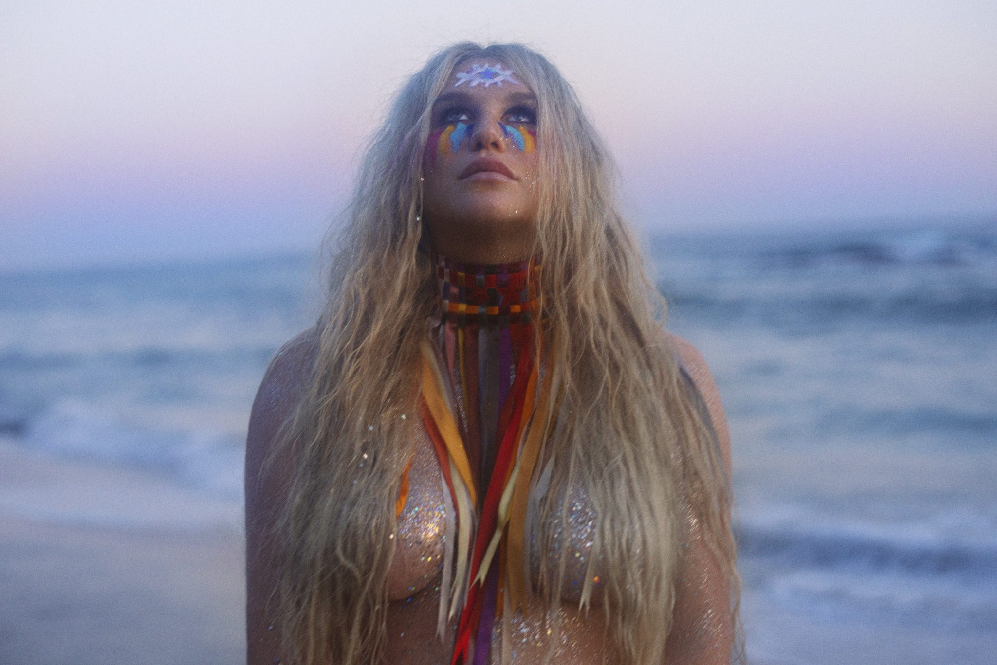 """Kesha gives us all a new """"Hymn"""" with latest release"""
