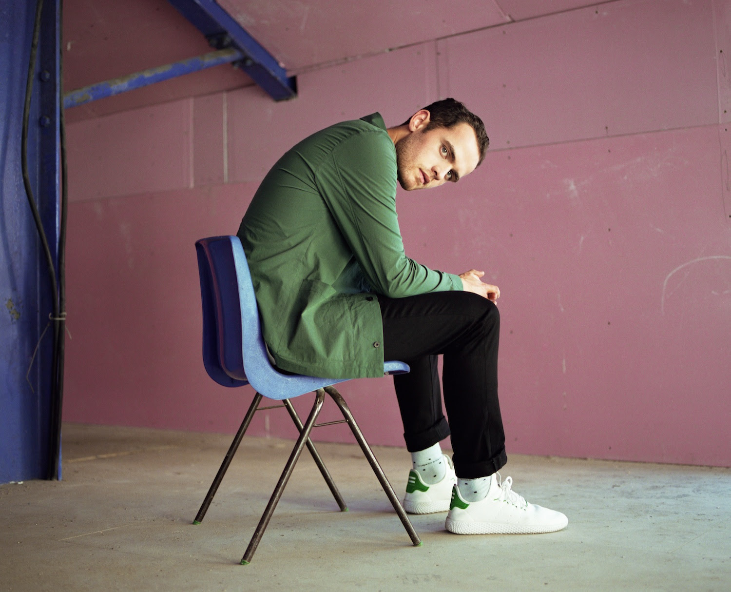 Jordan Rakei showcases his versatility on 'Wallflower'