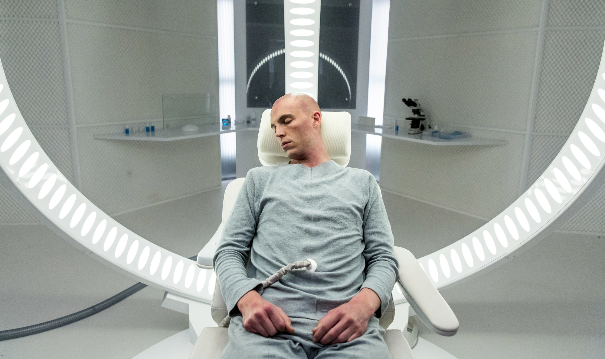 'Realive' confuses navel-gazing for philosophical depth
