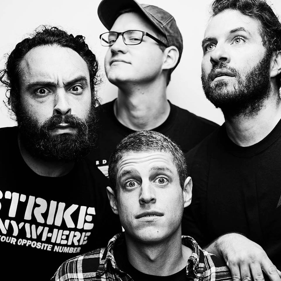 EP PREMIERE: Such Gold keep melodic punk alive on 'Deep In A Hole'