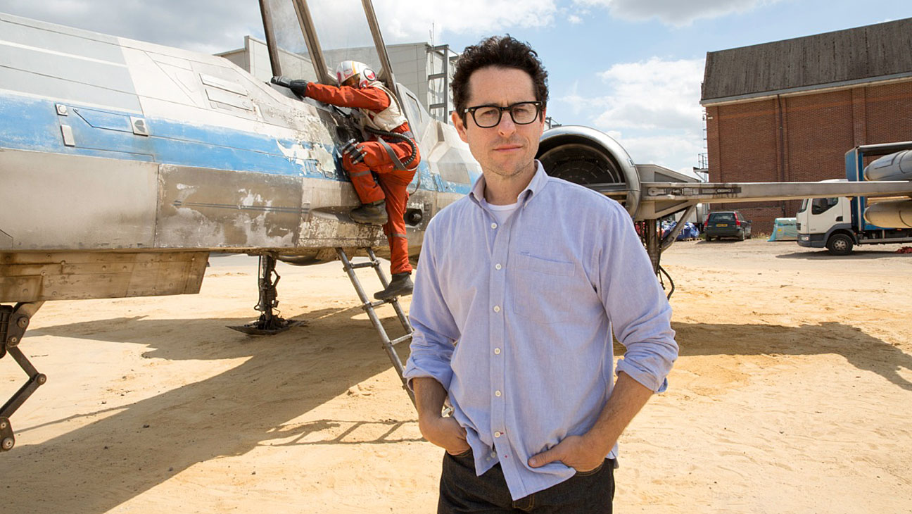 The Force Returns: J.J. Abrams to Write and Direct 'Star Wars: Episode IX'