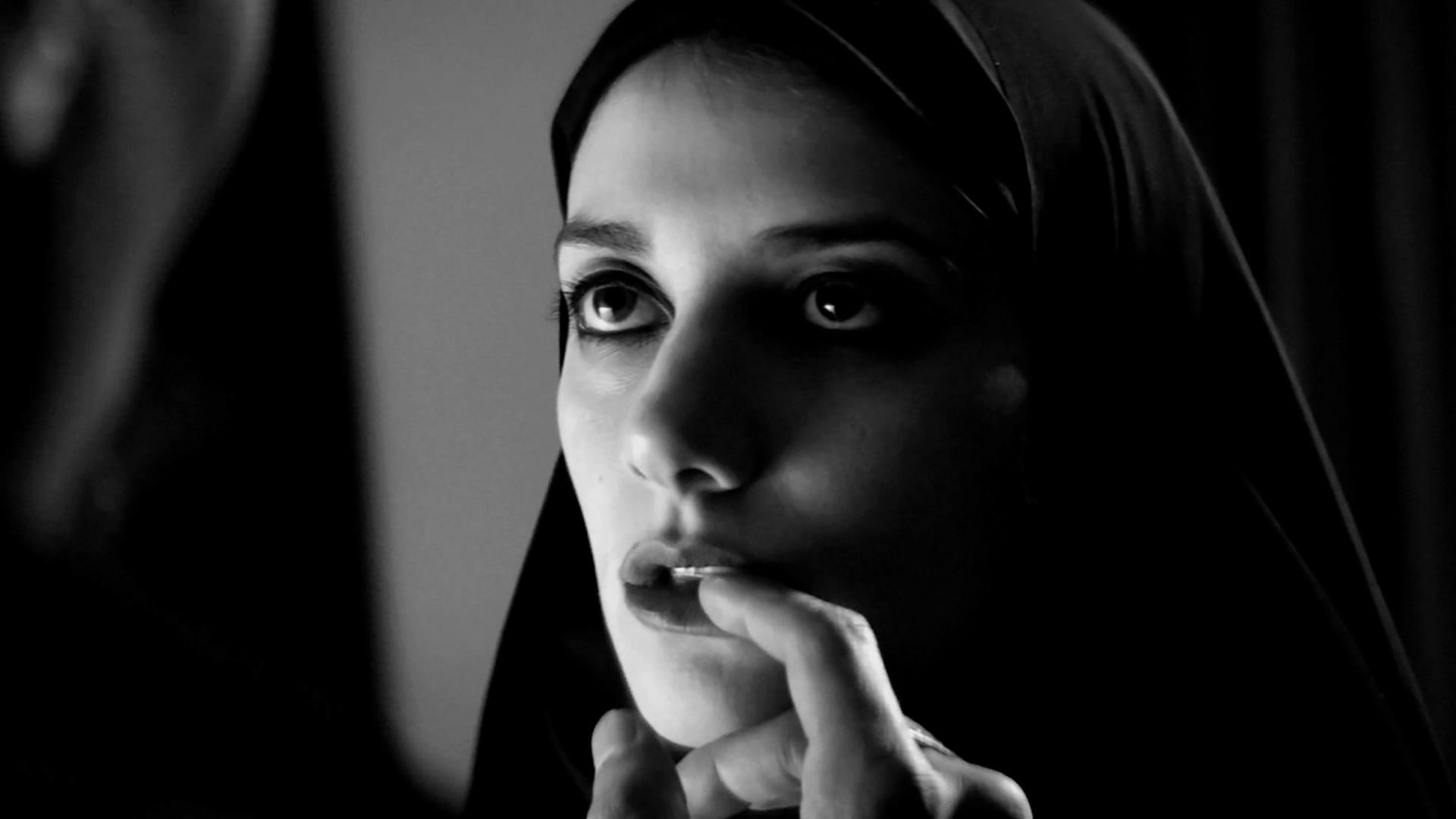 Substream's 31 Days of Halloween: 'A Girl Walks Home Alone At Night' (2014)