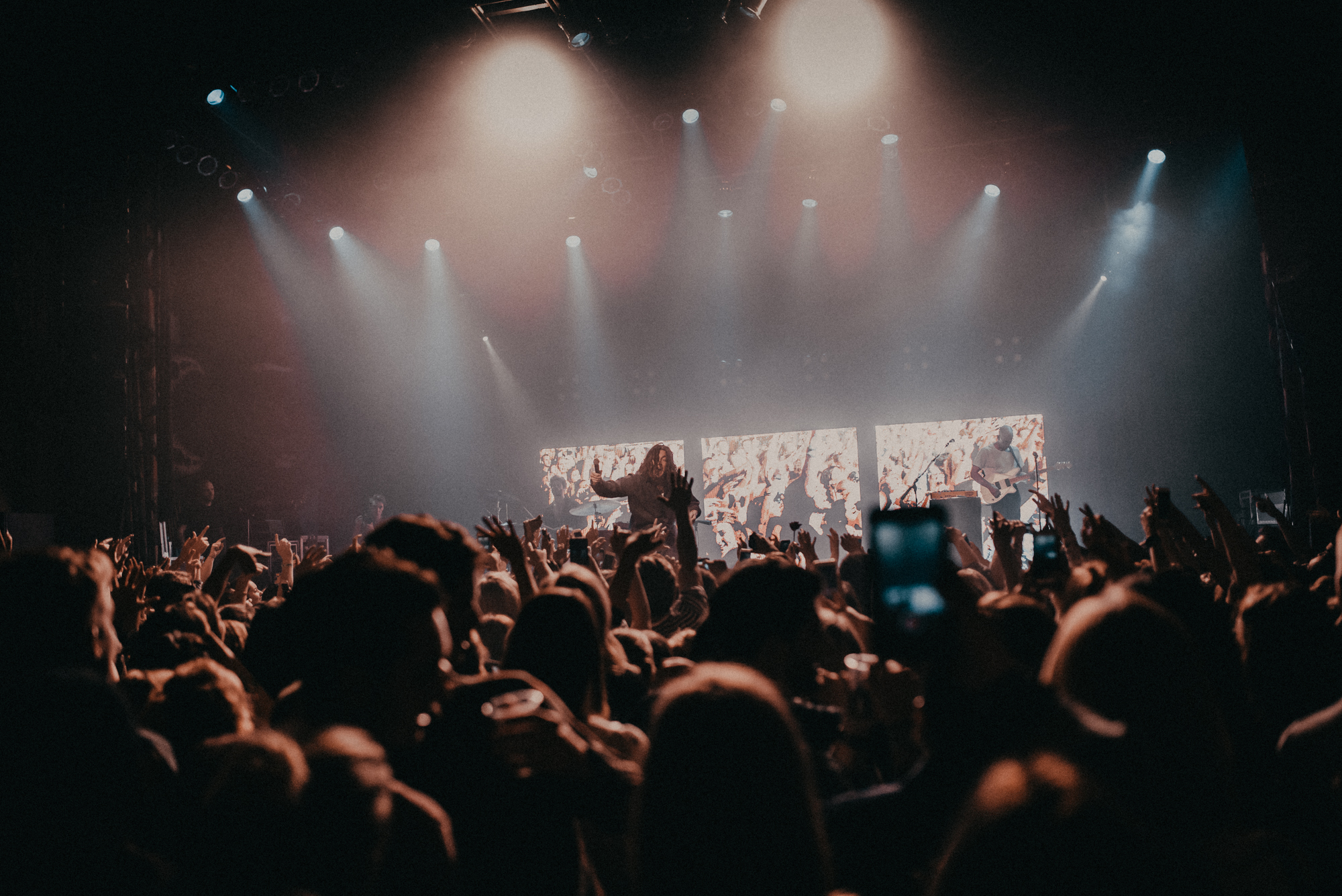 LIVE REVIEW: The LANY takeover continues with Chicago tour stop