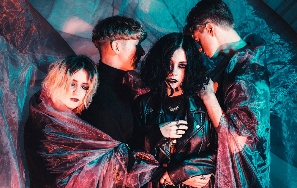 INTERVIEW: Pale Waves – The New Faces of Indie Pop