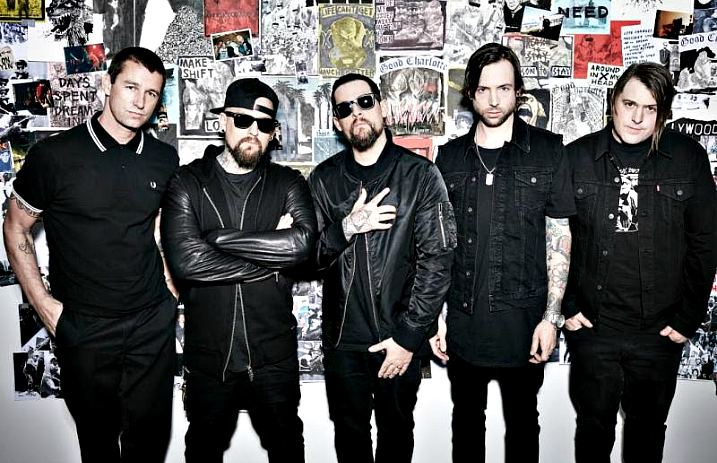 "Good Charlotte pay tribute to Lil Peep with ""Awful Things"" cover"