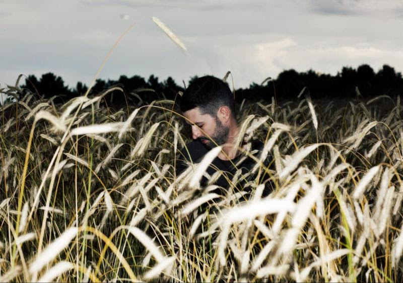 """S. Carey releases stirring new single """"More I See"""" from 3rd album 'Hundred Acres'"""