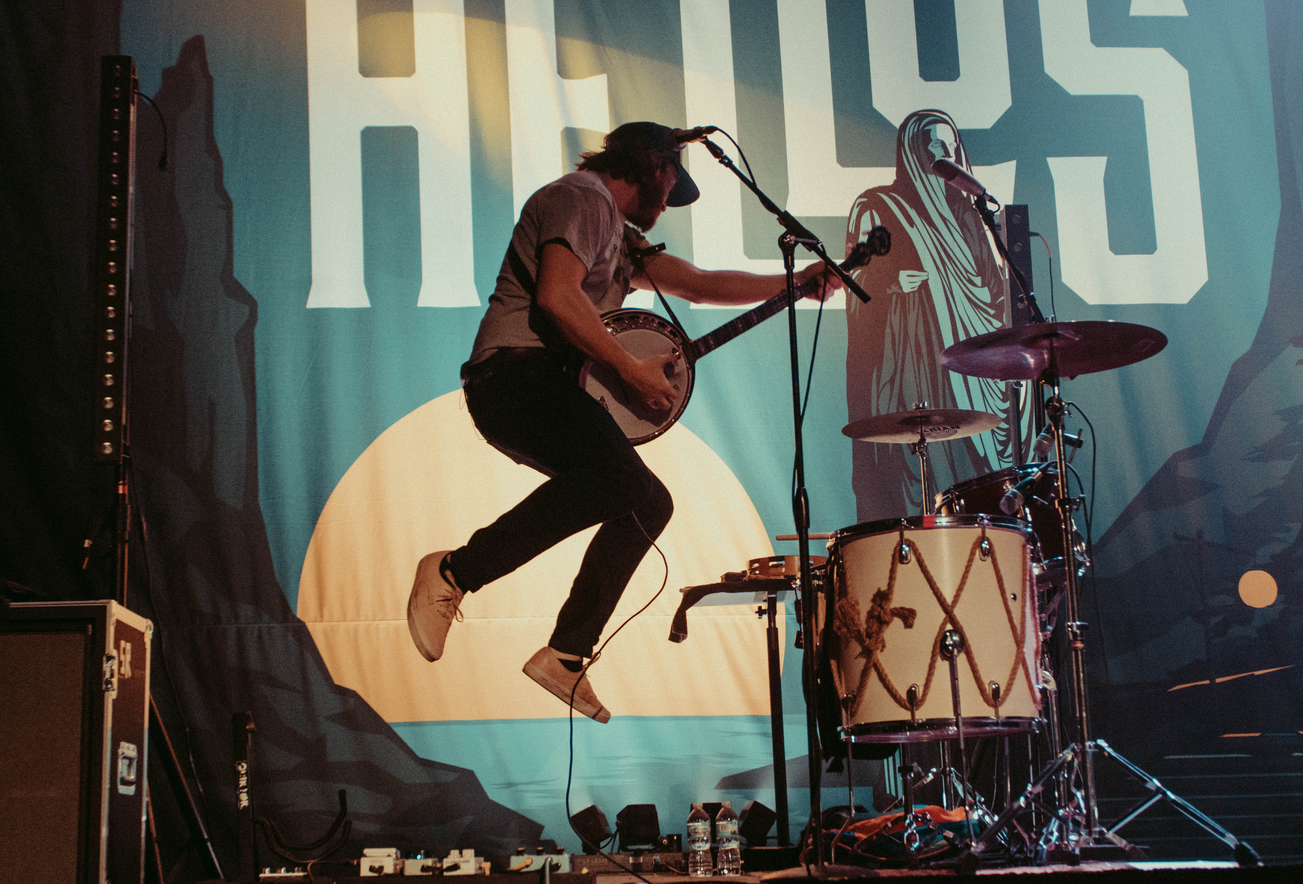 LIVE REVIEW: The Oh Hellos give Chicago everything they have