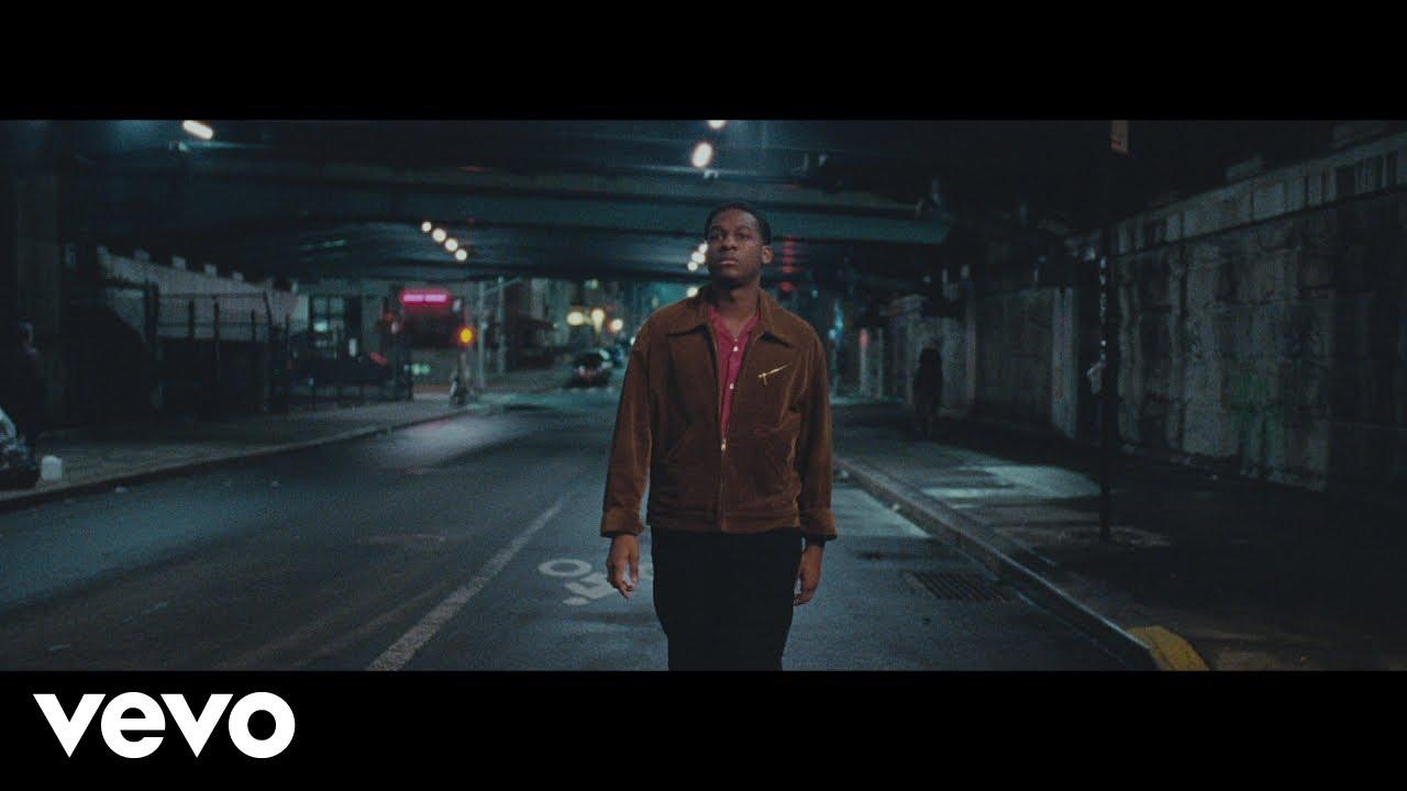 "Leon Bridges shares ""Bet Ain't Worth the Hand"" music video"
