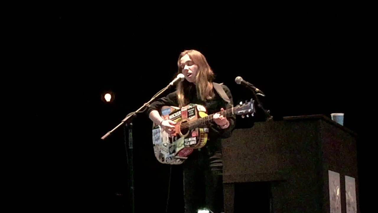 """Watch Julien Baker's hauntingly beautiful cover of """"No Children"""" by the Mountain Goats"""
