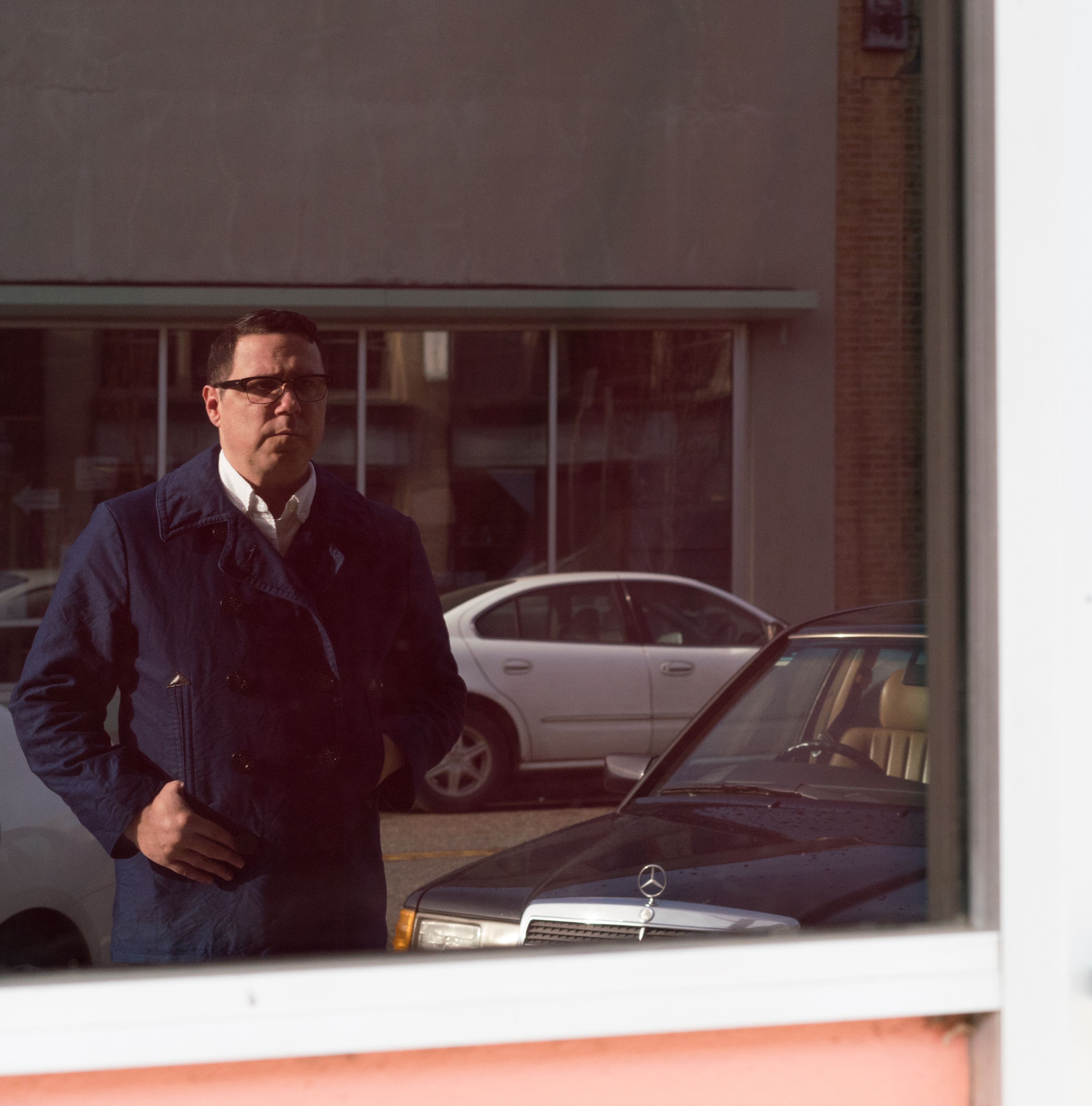 Damien Jurado's 'The Horizon Just Laughed' is an exercise in creativity