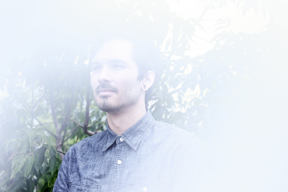 "PREMIERE: Jonathan Becker & The North Fields struggle to feel at home with ""Sober Dawn"""