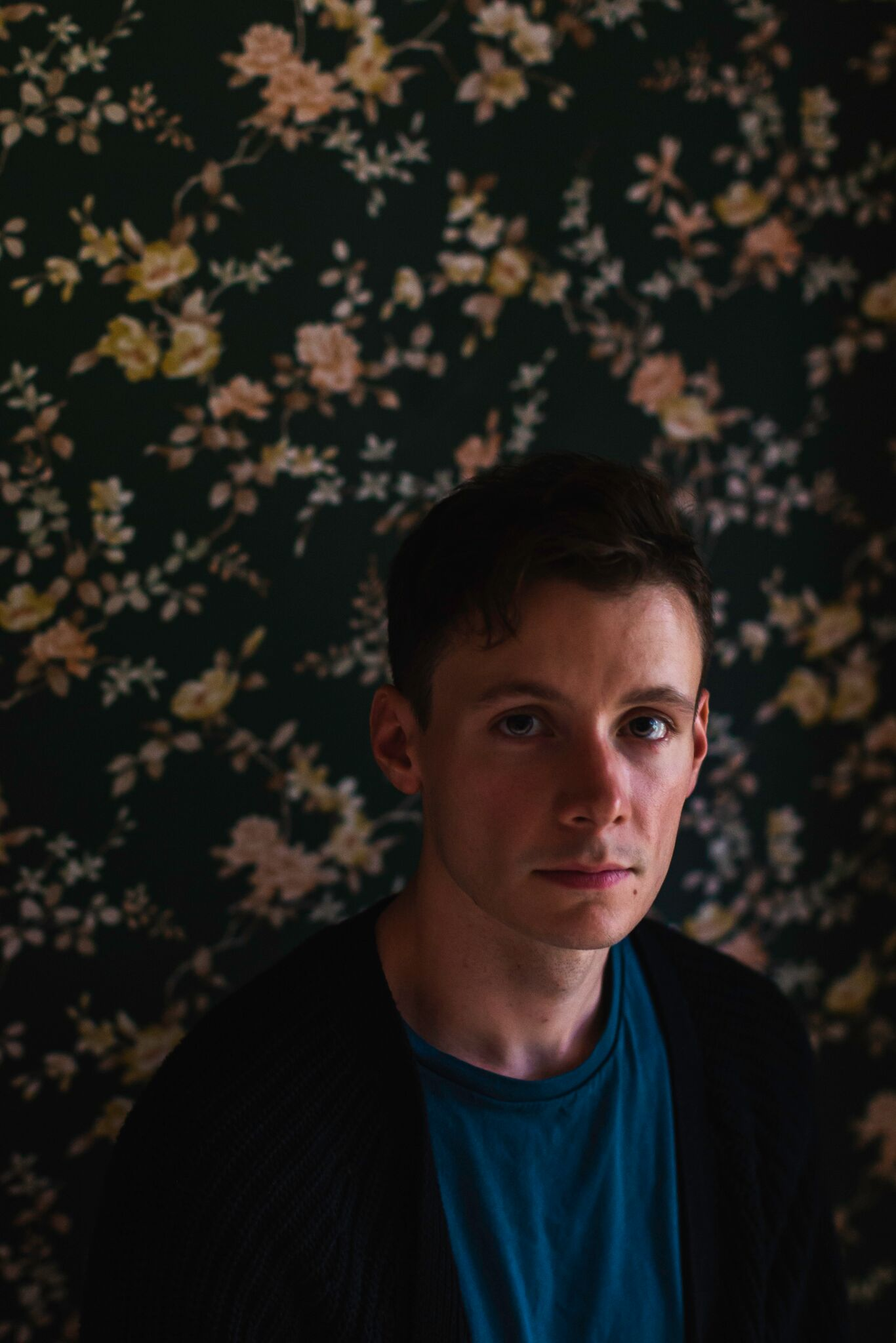 """PREMIERE: TONKS create sound of heart-break with """"Running Downhill"""""""