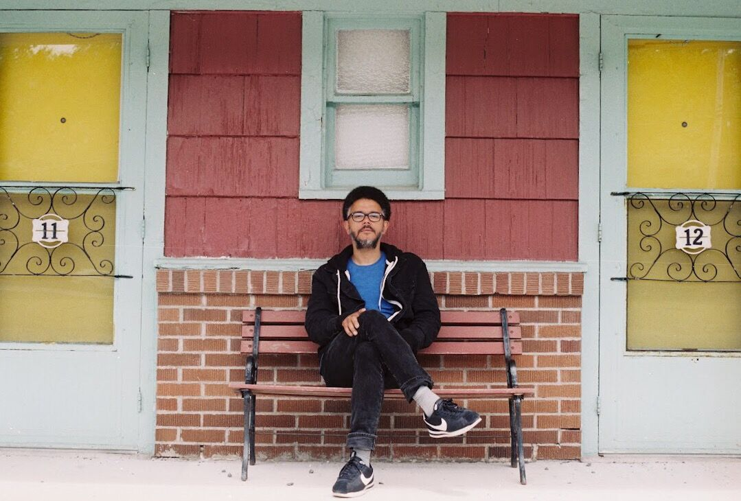 """PREMIERE: """"Dead Melodies"""" is your new indie anthem from Jon Samuel"""