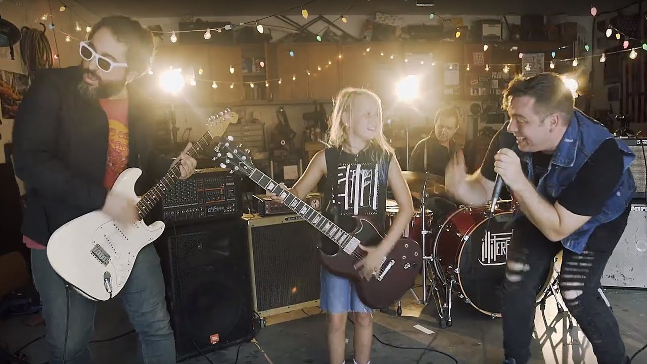 "PREMIERE: Illiterates rock out in the garage in new ""Owl Commander"" video"