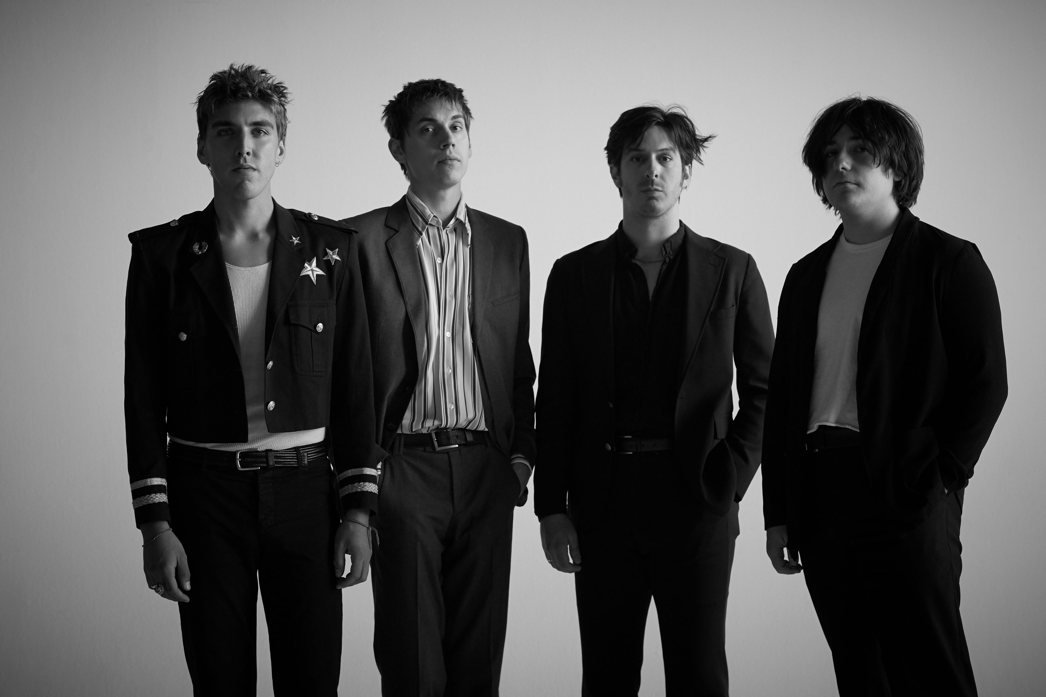 "Bad Suns announce new album + tour dates; drop new song ""Hold Your Fire"""