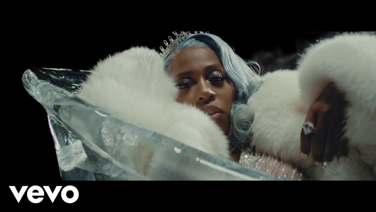 """Kash Doll releases new music video for """"Ice Me Out"""""""