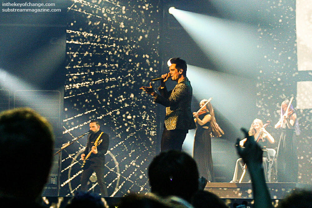 Can you do the fandango? A Panic! at the Disco fan perspective