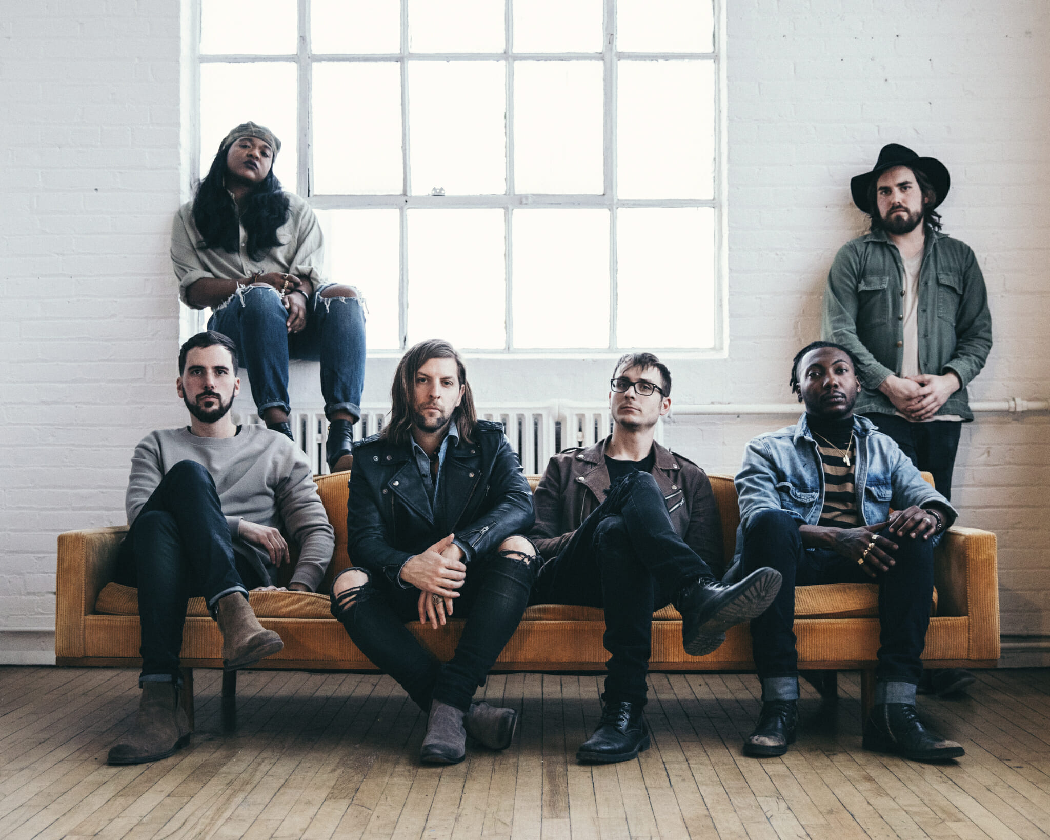 """Welshly Arms Returns With New Single """"Learn To Let Go"""""""