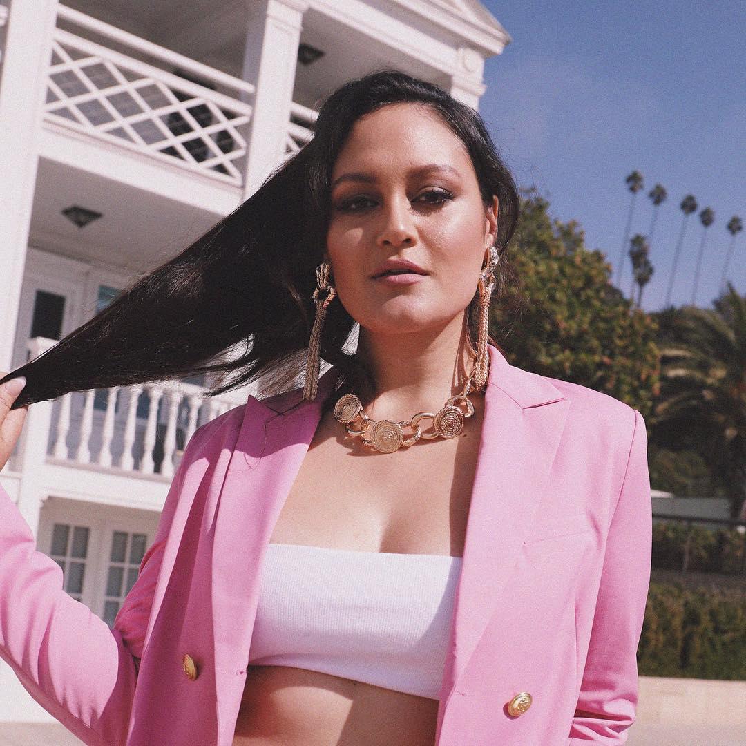 "Premiere: Arlene Zelina Shares Vivid New Video, ""Dream of Me"""