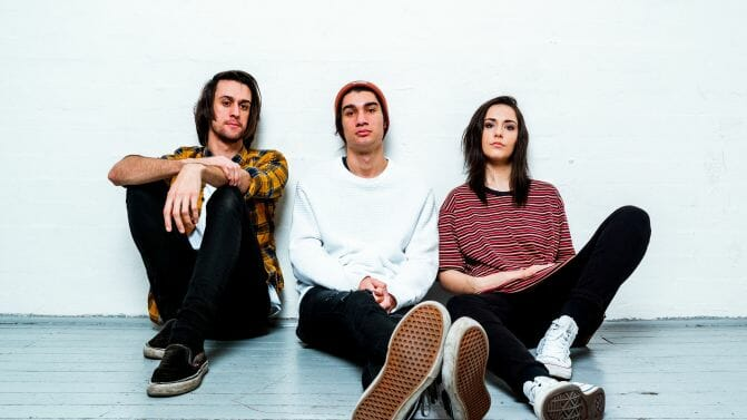 "Stand Atlantic drop melancholic ""Toothpick"" video"