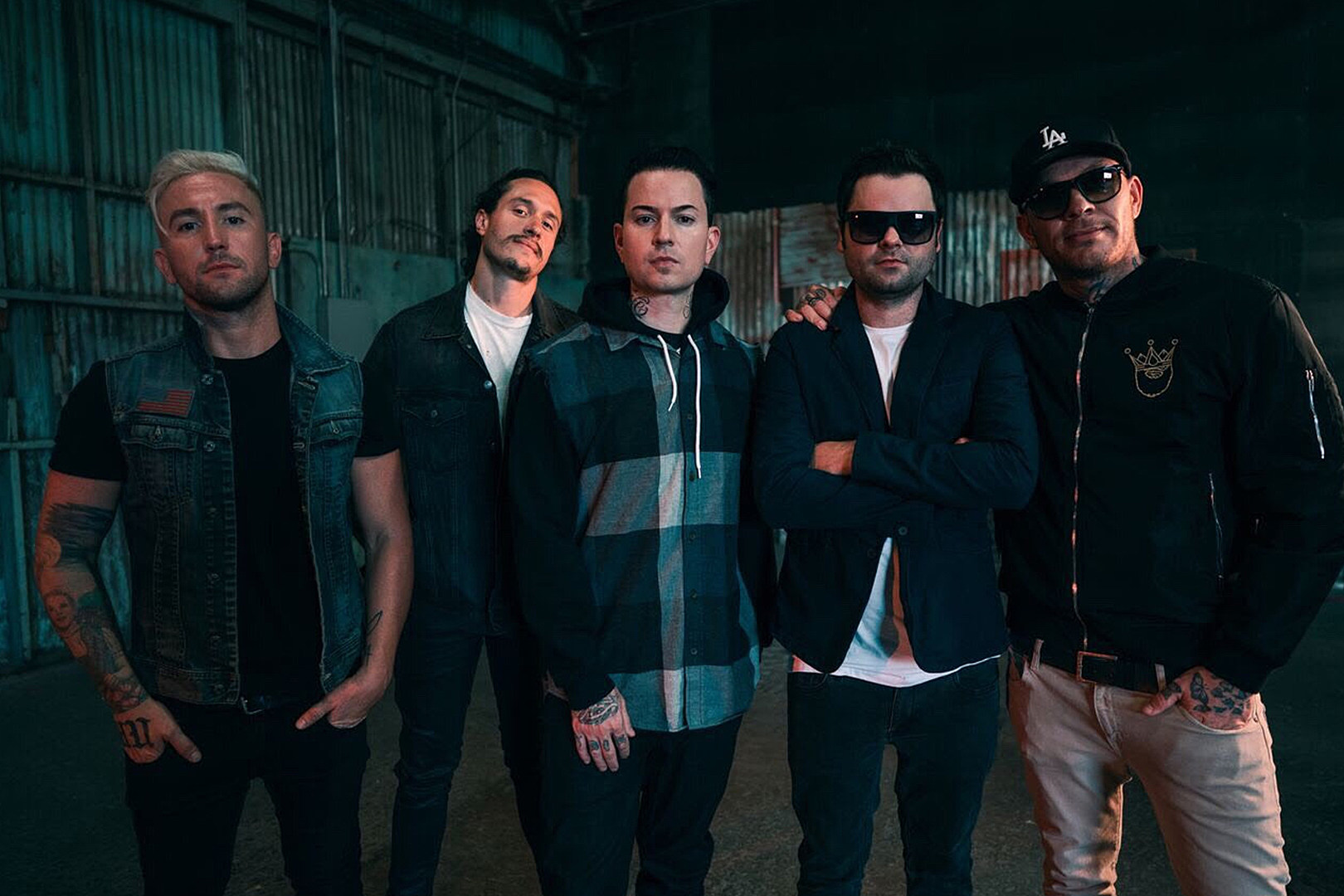 "Hollywood Undead announce new album + release ""Time Bomb"""