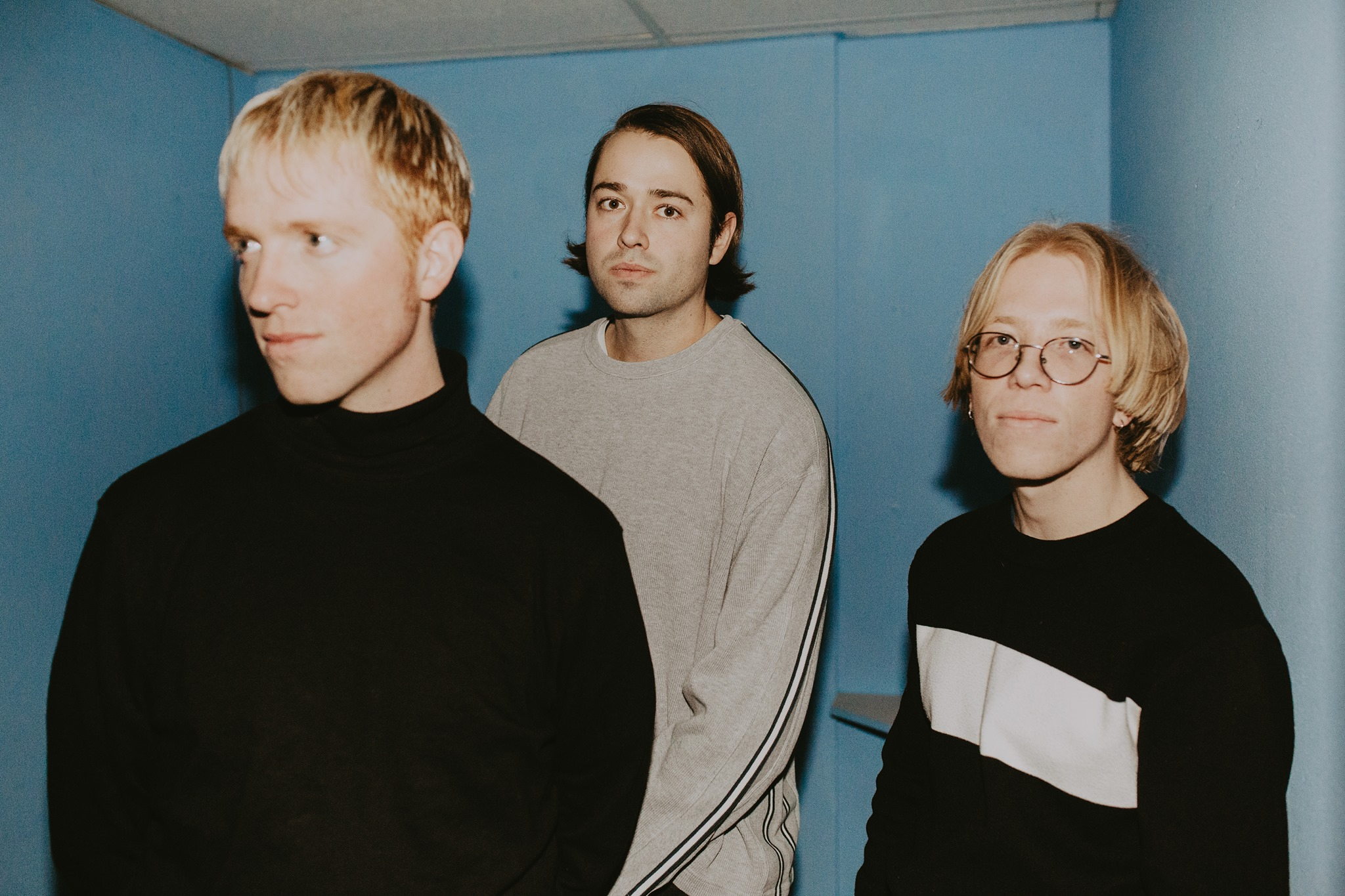 """PREMIERE: Slow Caves show their dreamy-tinged side on """"Girlfriend"""""""
