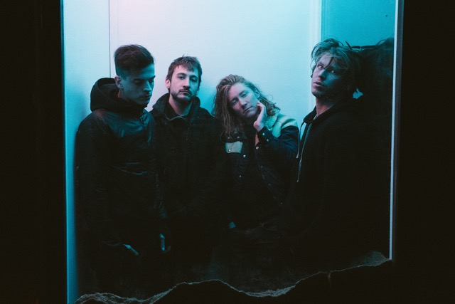 "Alt-rock gems flor release ""dancing around"", announce fall US tour with joan"