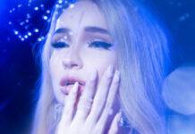 Kim Petras cry