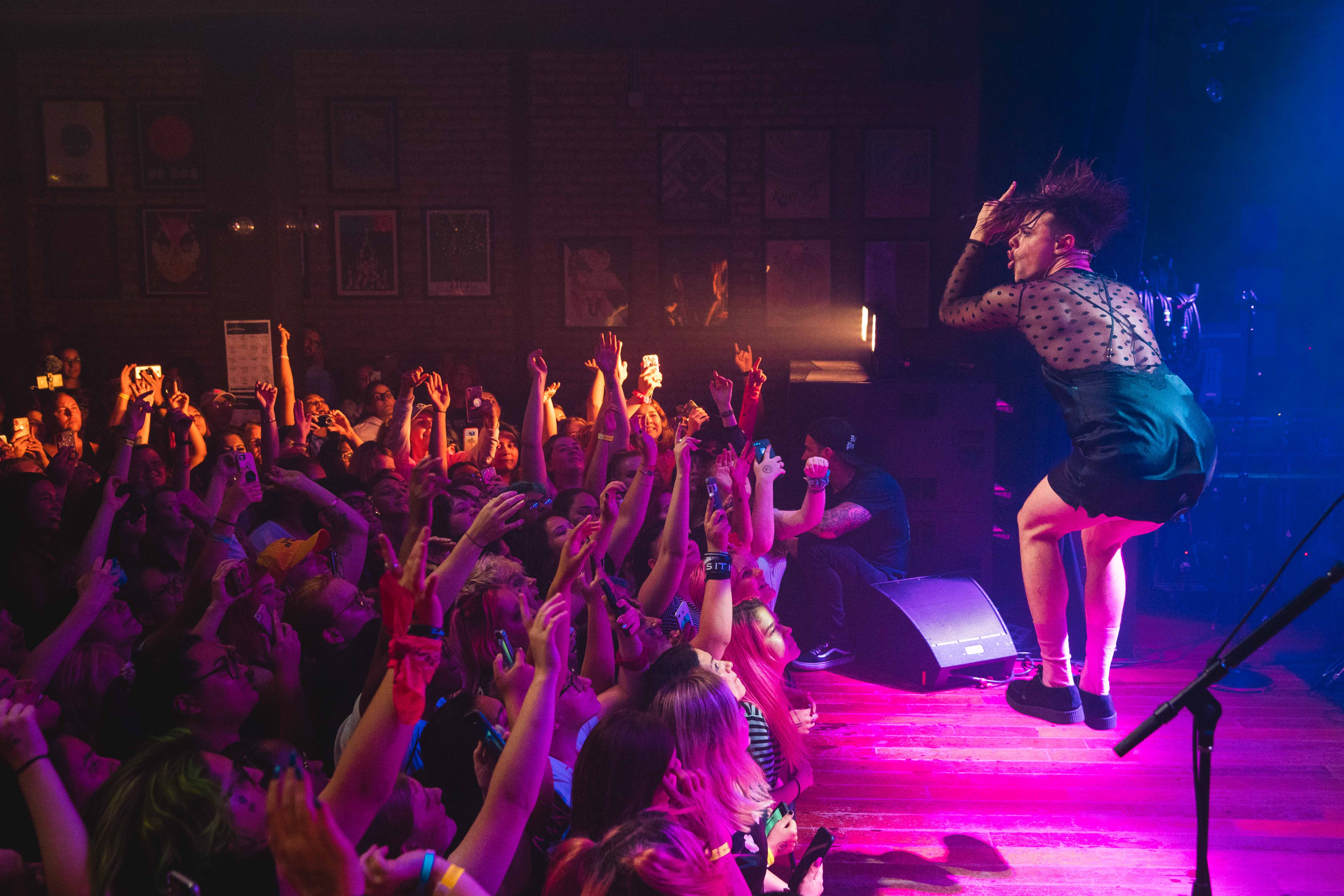REVIEW: YUNGBLUD gives a wild performance with a surprise special guest