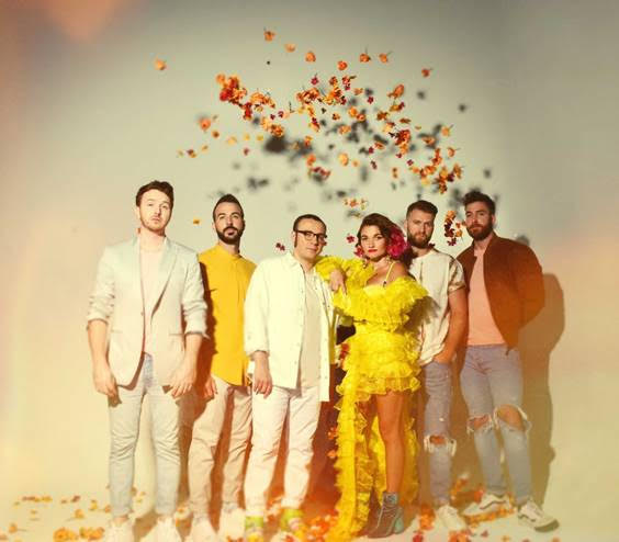 "MisterWives sign to Fueled By Ramen, drop new song ""whywhywhy"""
