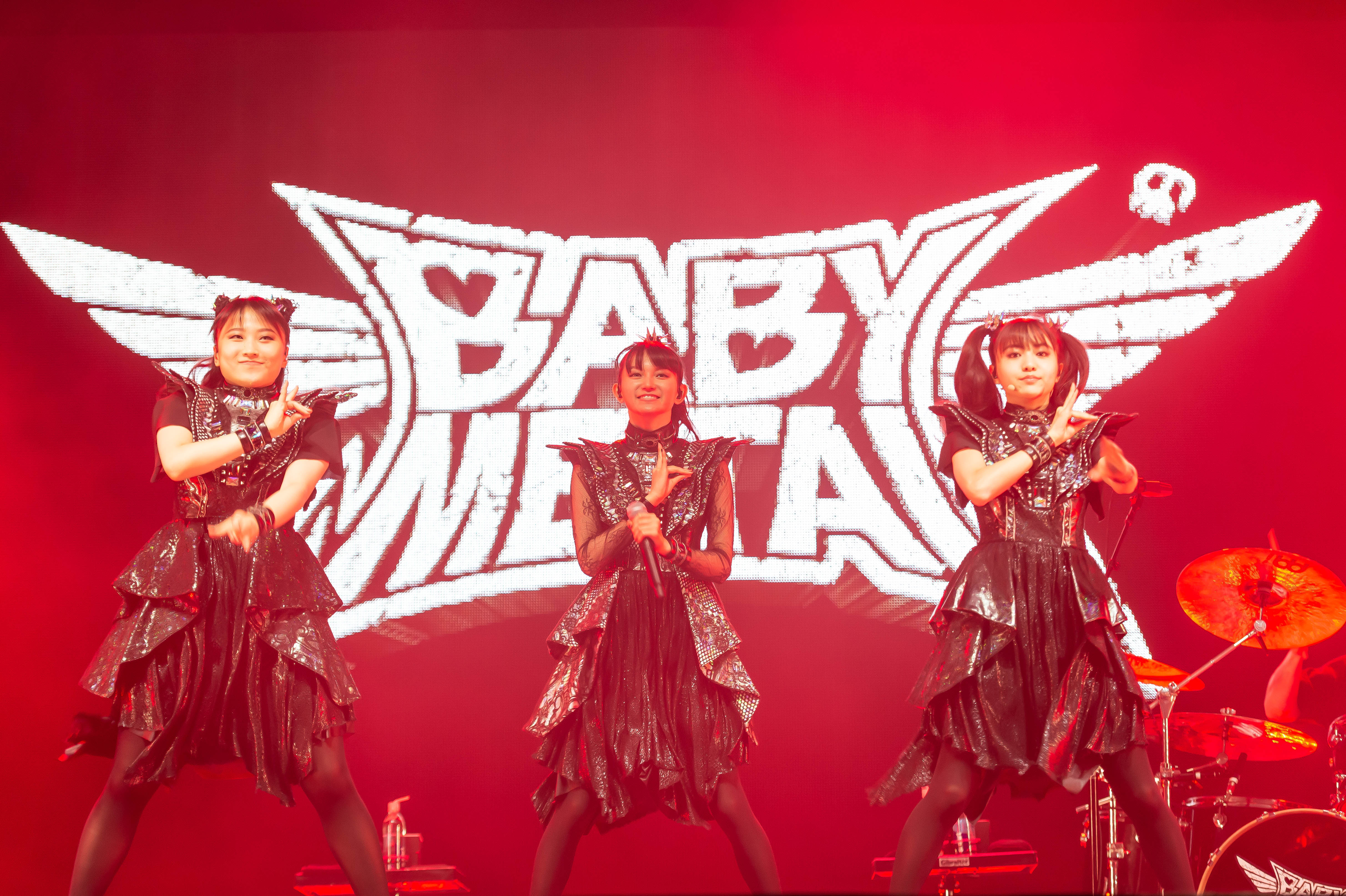 PHOTOS: BABYMETAL brings bouncy, head-banging pop metal to Chicago