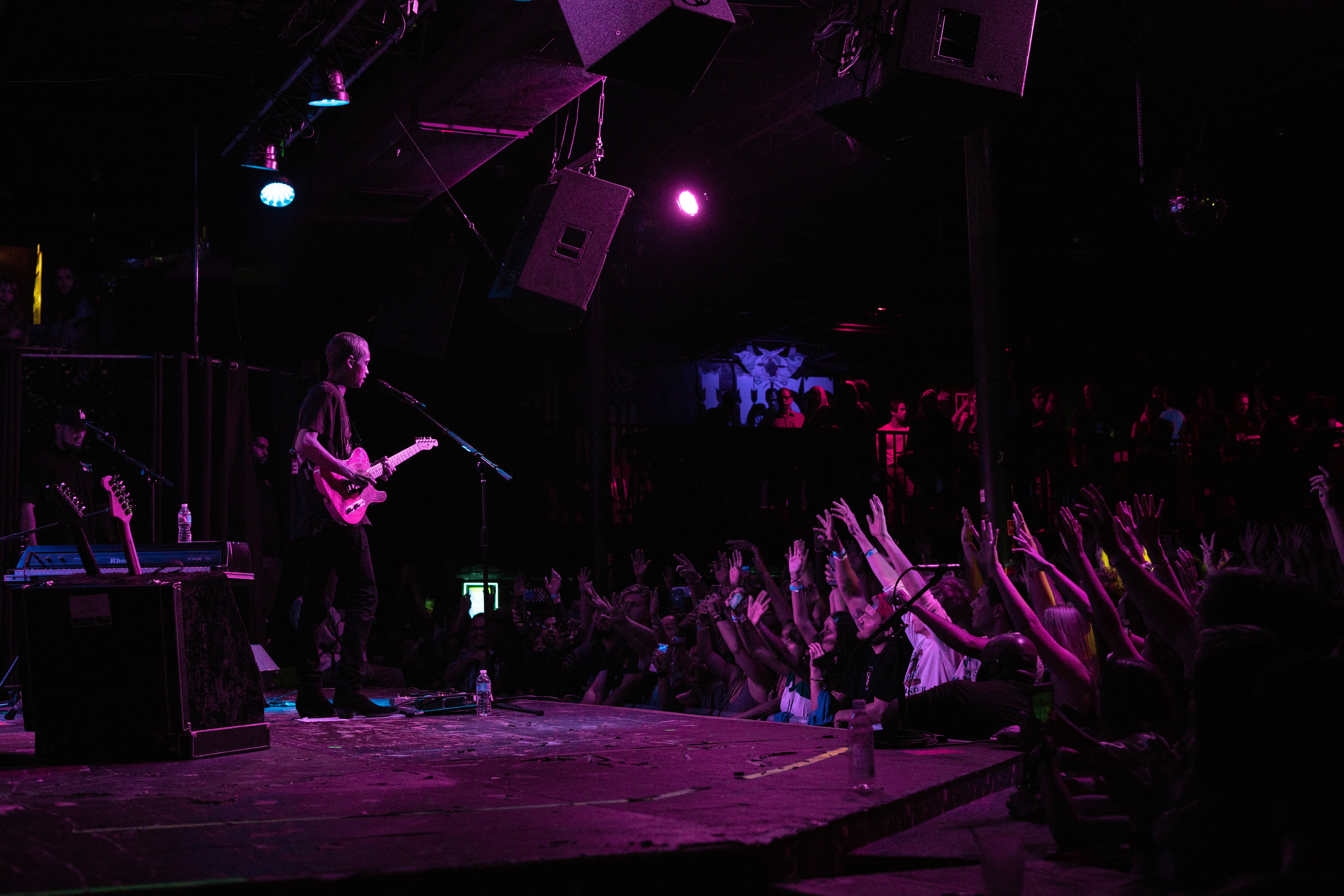 LIVE REVIEW: Dominic Fike gives fans what they want in Tampa