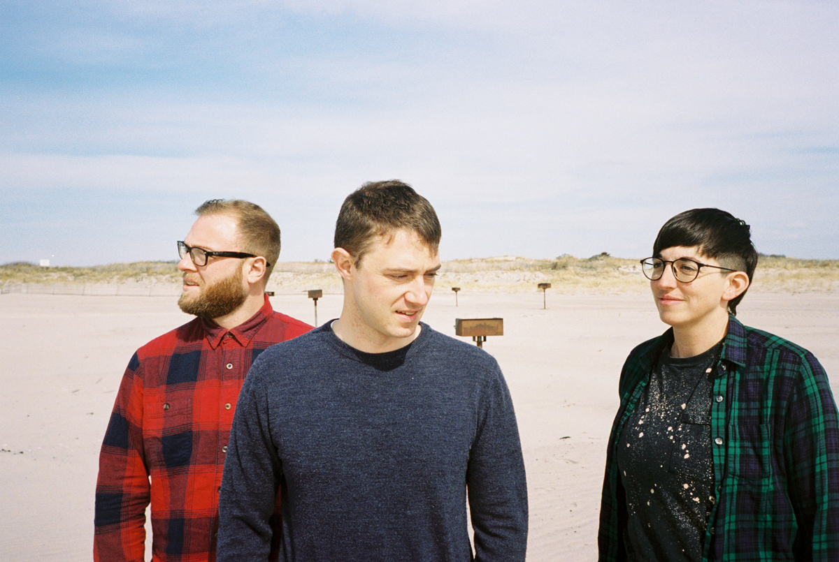 """PREMIERE: Freezing Cold strive for a better answer on """"Parentheses"""""""
