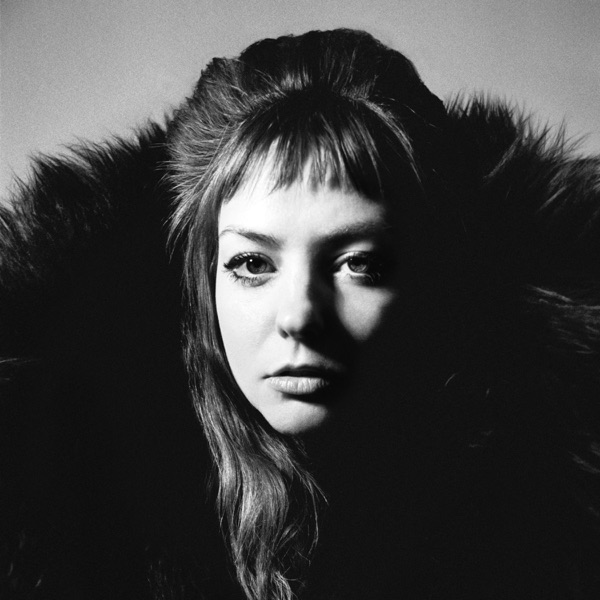REVIEW: Angel Olsen builds and builds on expansive new album 'All Mirrors'