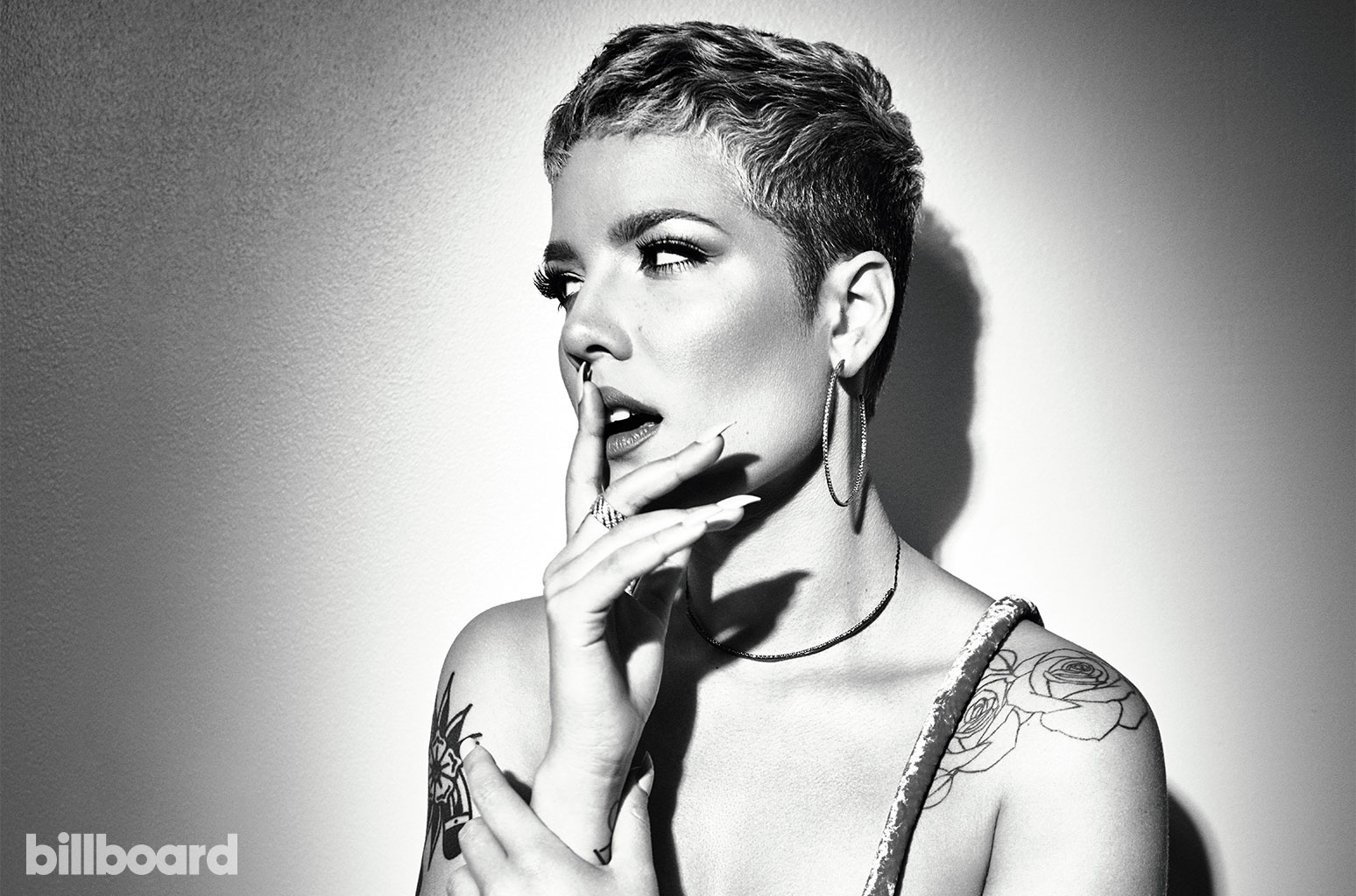 "Watch Halsey perform ""Graveyard"" at the MTV EMAs"