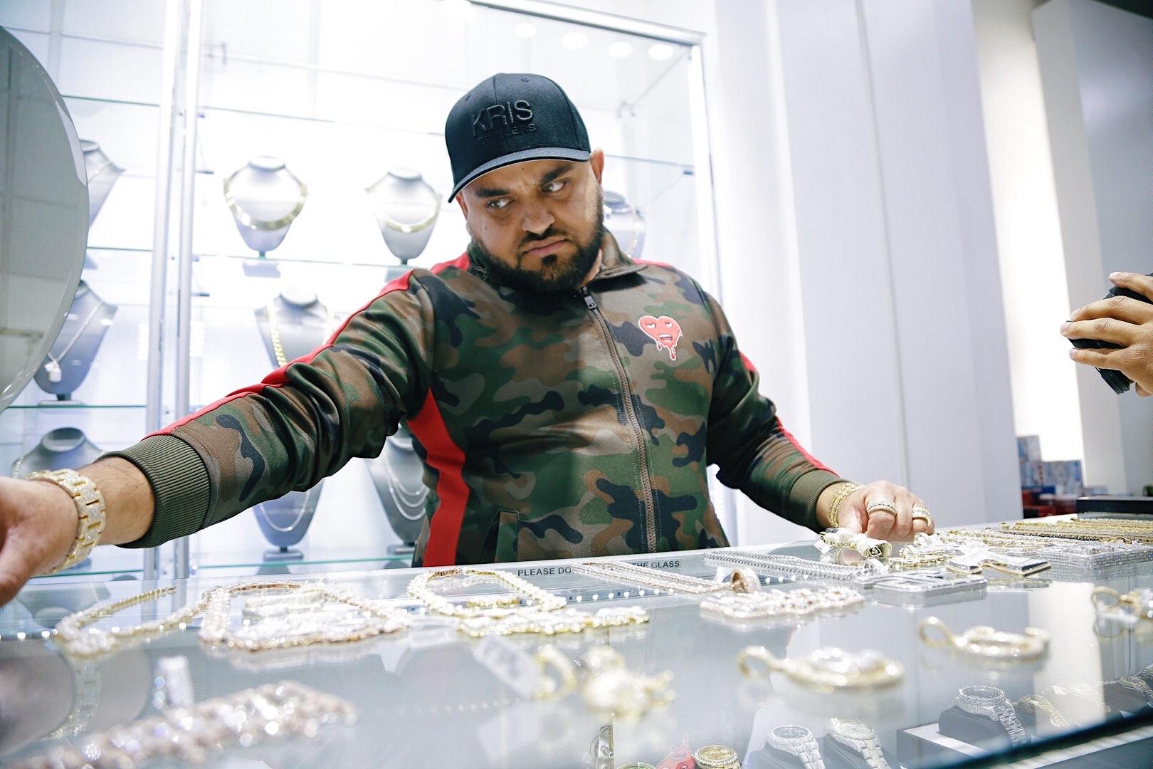 Mississippi Jeweler Kris Jeweler Ice-Out Hip Hop's Biggest Stars