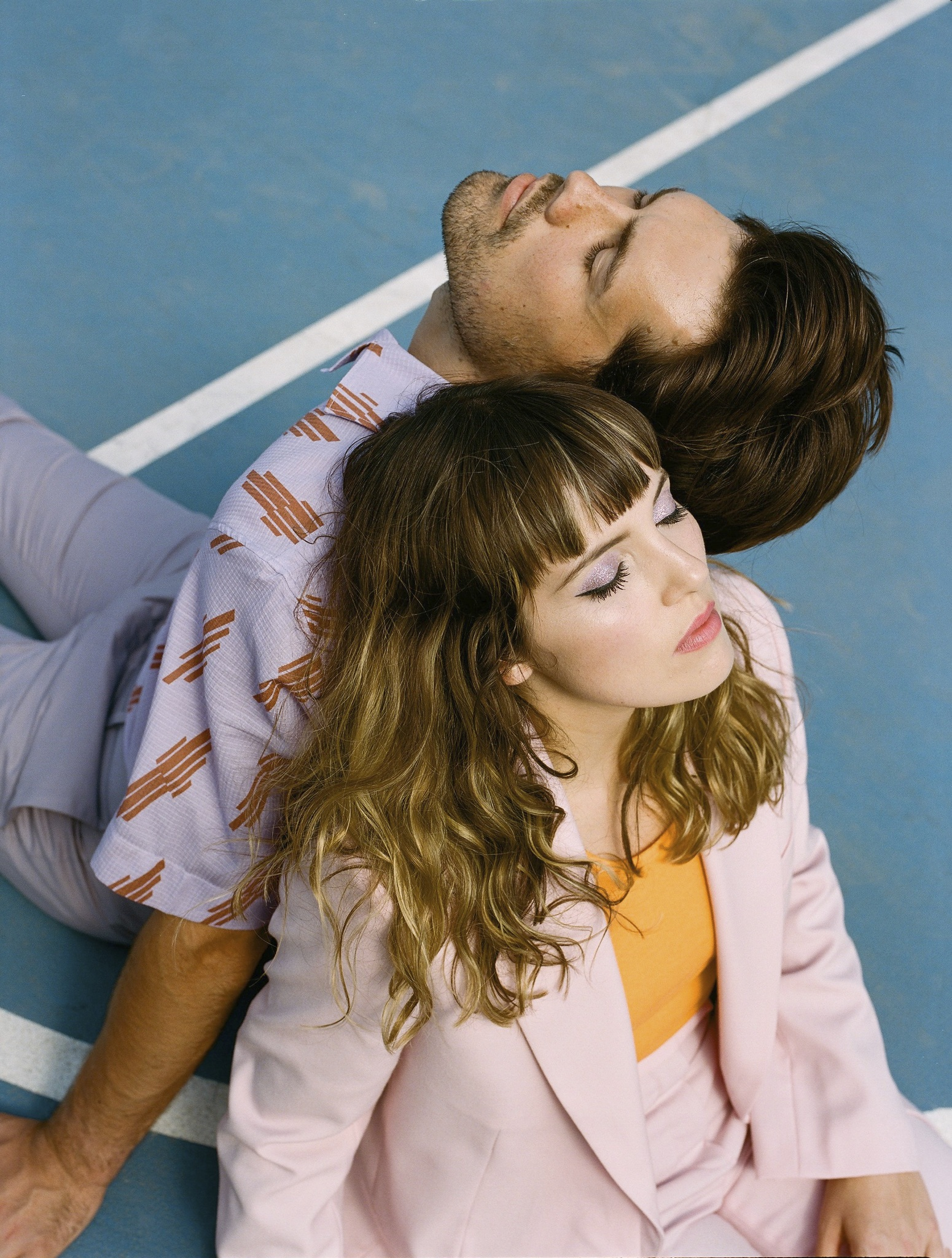 Oh Wonder bring about their new sense of perspective on 'No One Else Can Wear Your Crown'