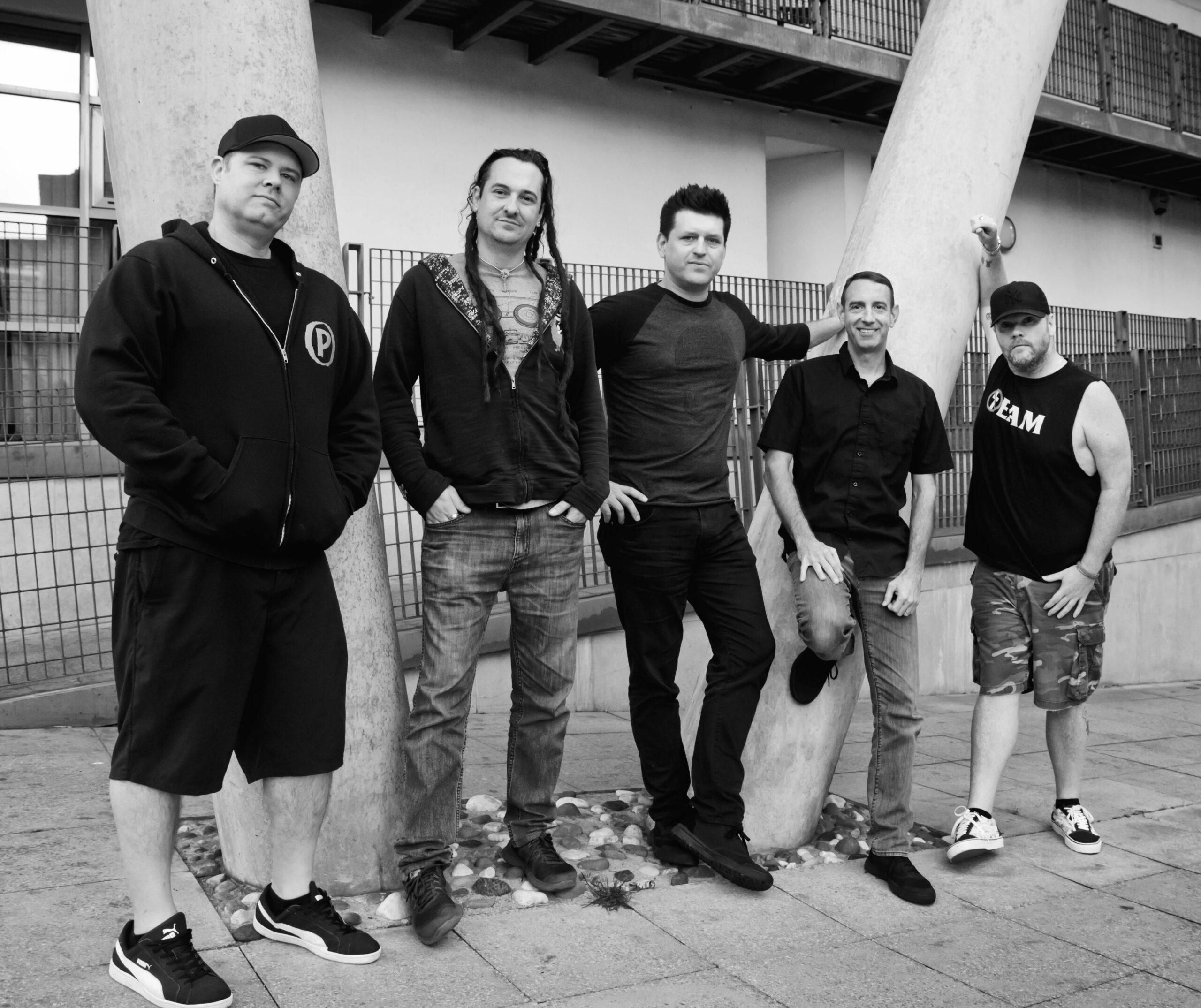 Less Than Jake, Lagwagon announce co-headlining tour