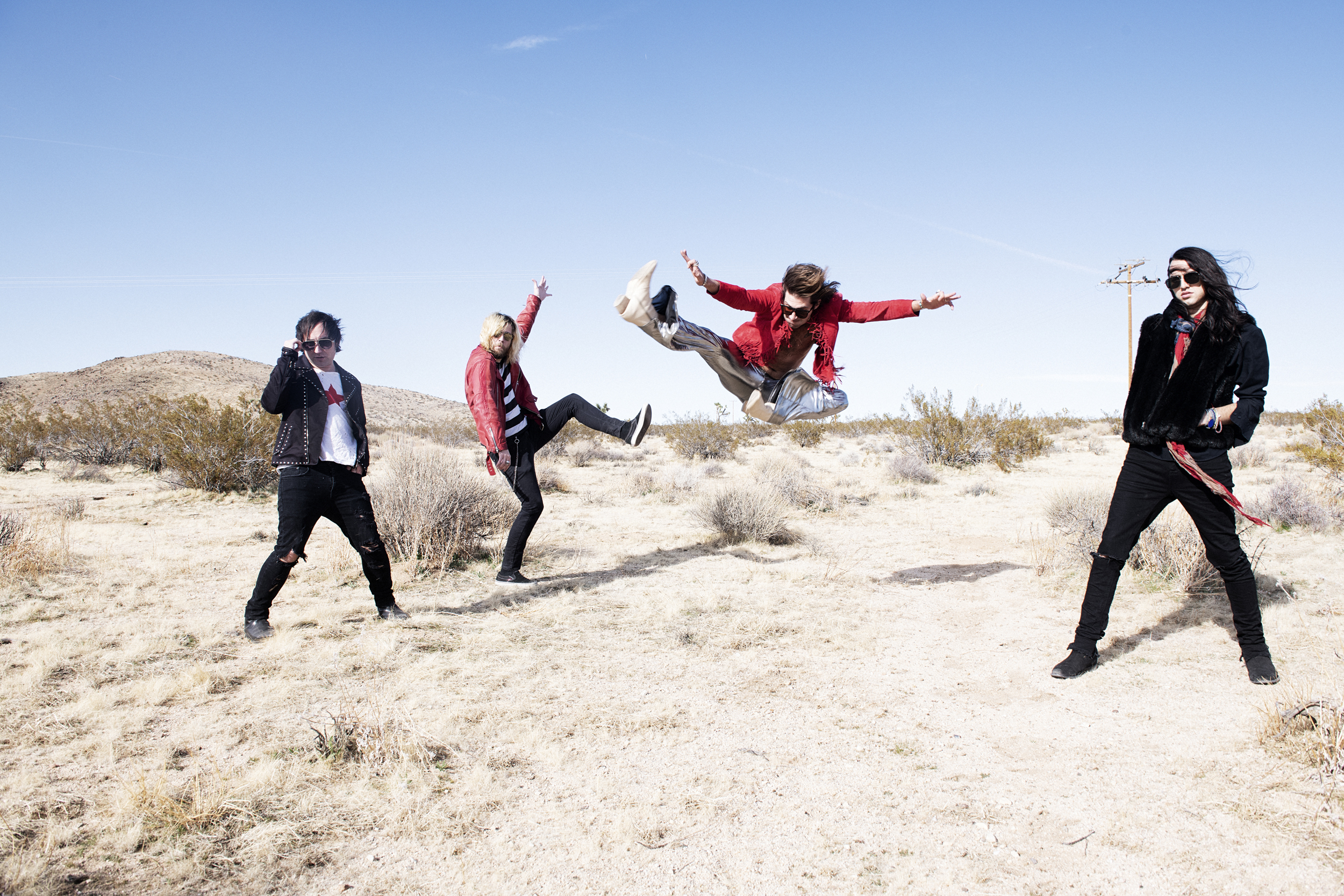 """Moon Fever Delivers Raw Rock Fun With """"Casanova"""""""