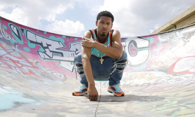 """Alabama's Flykilangelo Shows Off For New Visual """"Voicemail"""""""