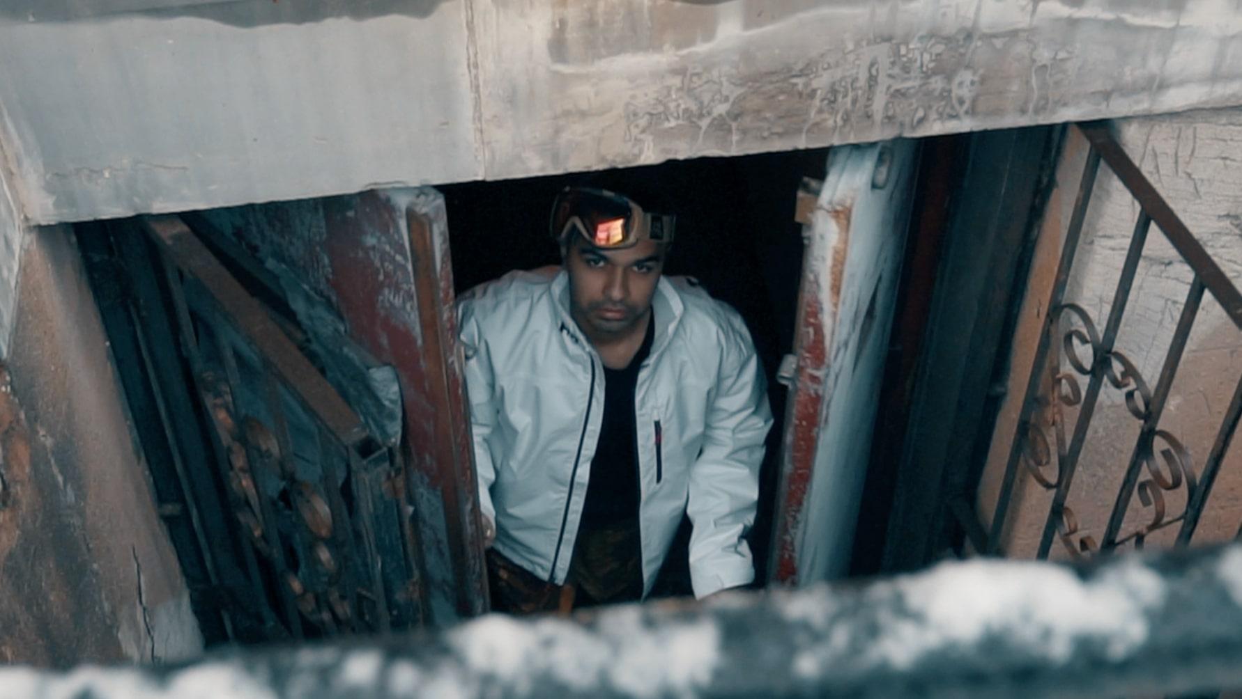 "Zubin Taps Glvsshouse, Dek Amazing & Koi For ""Woke Up"" Visual"