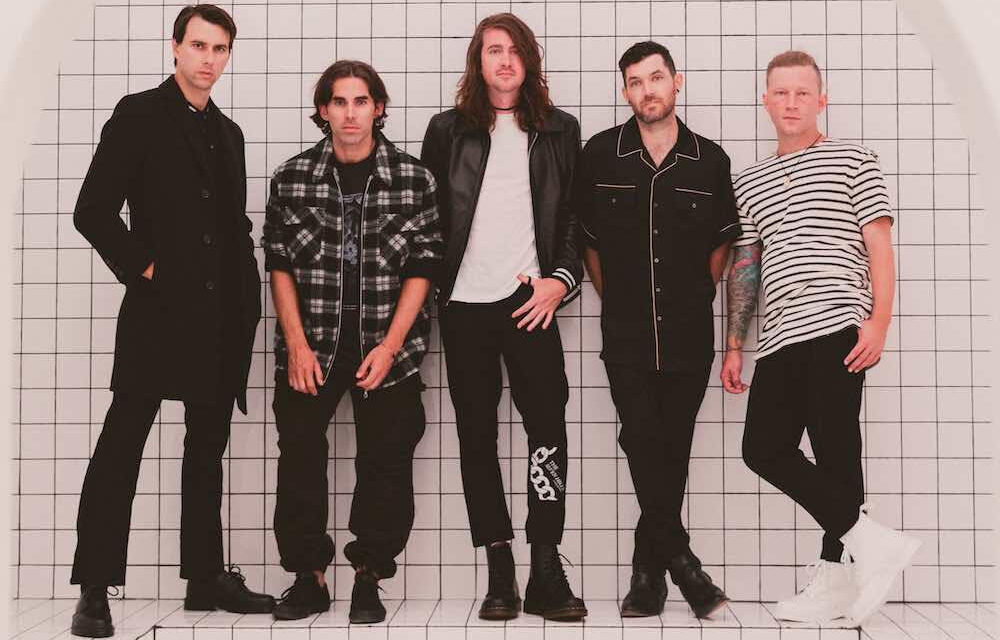 """Mayday Parade announce new album + release """"One for the Rocks and One for the Scary"""""""